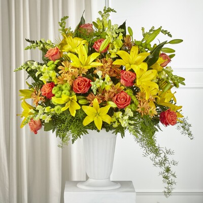 S221 - Fall Fanback from Fabbrini's Flowers in Hoffman Estates, IL