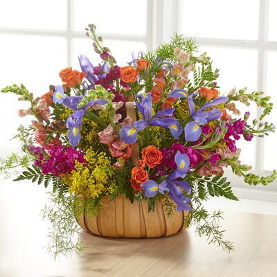 S253 Wildflower Garden Basket from Fabbrini's Flowers in Hoffman Estates, IL